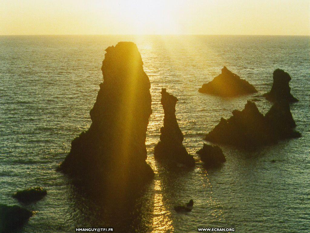 Fond d 39 cran de clich s bretons belle le c tes d for Belle photo de fond ecran