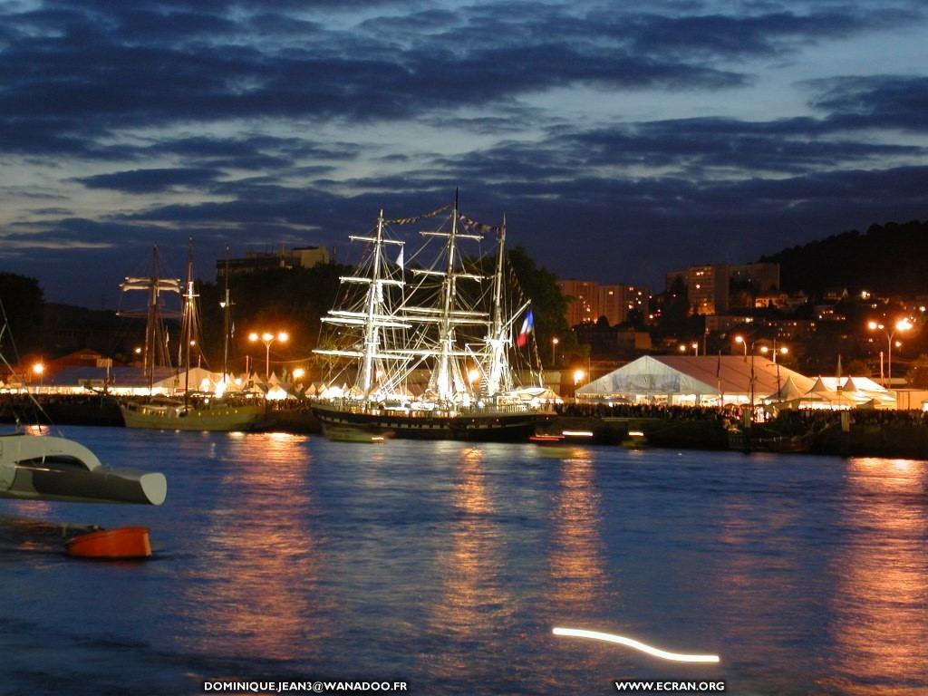 Fond D Ecran De Rouen Armada 2003 Photographies De Bateaux Par Dominique Jean 0005